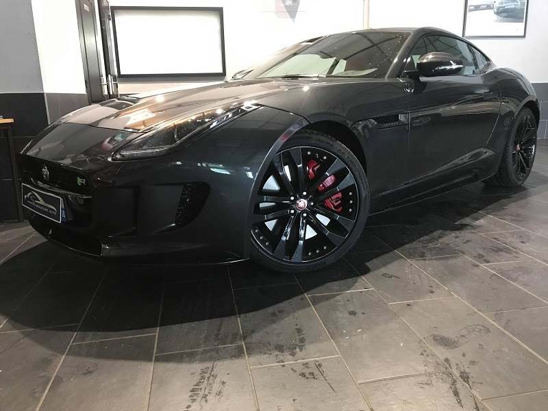 Jaguar F-TYPE COUPE 5.0 V8 550CH R BVA8 Essence GRIS  Occasion à vendre